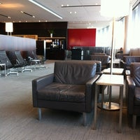 Photo taken at Maple Leaf Lounge (Domestic) by Jim T. on 11/24/2011