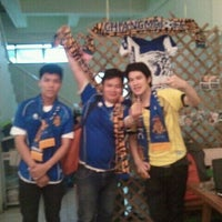 Photo taken at ร้านเหวง by YingZa on 12/27/2011