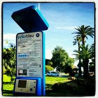 Photo taken at Vélo Bleu (Station No. 18) by Iarla B. on 4/22/2012