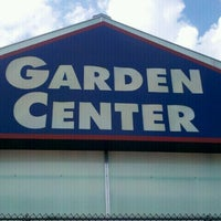 Photo taken at Lowe's Home Improvement by Kareem N. on 7/31/2011