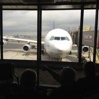 Photo taken at Lufthansa Flight LH 409 by Jaunted on 5/22/2012