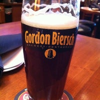 Photo taken at Gordon Biersch Brewery Restaurant by Rob M. on 1/29/2011