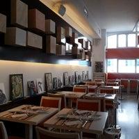 Foto tirada no(a) Sommer Restaurante por Ana P. em 7/24/2012