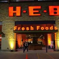 Photo prise au H-E-B par Eddie D. le6/13/2011