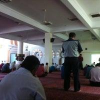 Photo taken at Masjid Jamek Sultan Abdul Aziz by Fash R. on 7/20/2012