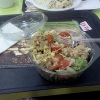 Photo taken at Oh! Salad Garden by Vere S. on 1/25/2012
