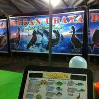 Photo taken at Sari Laut Depan Ubaya Cak Gosim by Anto E. on 6/12/2012