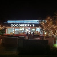Photo taken at Goodberry's Frozen Custard by Paul A. on 5/16/2012