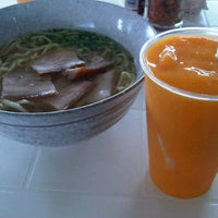Photo taken at パーラー美々 by Gentaro S. on 9/13/2011