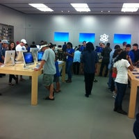Photo taken at Apple by Floyd A. on 10/9/2011