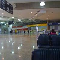 Photo taken at Aeroporto de Ribeirão Preto / Doutor Leite Lopes (RAO) by Rogerio M. on 8/25/2011