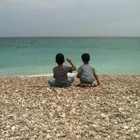 Foto tomada en White Beach por Salima A. el 8/24/2012