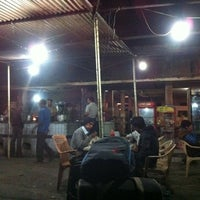Photo taken at Shere Punjab Dhaba by Anupam P. on 1/23/2011