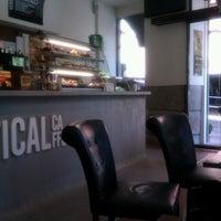 8/3/2012 tarihinde Valentin G.ziyaretçi tarafından Vertical Caffé'de çekilen fotoğraf