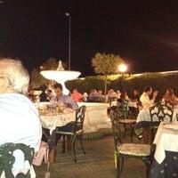 Foto tomada en Restaurante Bar Jamón por CEILA F. el 8/31/2012