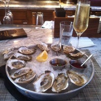 Photo taken at Senart's Oyster & Grille Room by WeeklyWinePick S. on 6/17/2012