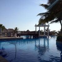 Photo taken at Now Sapphire Riviera Cancun by Agencia de Viajes N. on 9/2/2012