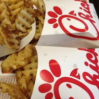 Photo taken at Chick-fil-A by Jarod Y. on 7/26/2012