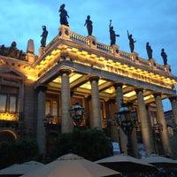 4/6/2012 tarihinde Abraham G.ziyaretçi tarafından Teatro Juárez'de çekilen fotoğraf