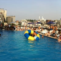 Photo taken at Hamilton Hotel Swimming Pool by Jonathan S. on 6/17/2012