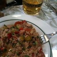 Foto tomada en Restaurante Tahiti por Lina D. el 5/12/2012