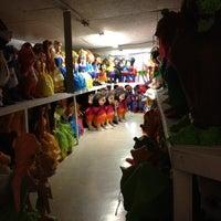 """3/10/2012 tarihinde Michael """"Doc"""" N.ziyaretçi tarafından Pinata Party Palace'de çekilen fotoğraf"""