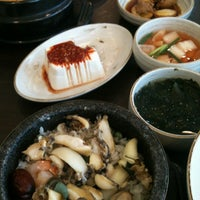 Photo taken at 서귀포 오분작 전복 뚝배기 by Kyoung Bok L. on 5/12/2012