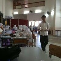 Photo taken at Dining hall, Maktab Duli PMAMB by naqib h. on 4/2/2012