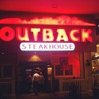 Foto tirada no(a) Outback Steakhouse por Fabricio G. em 8/28/2012