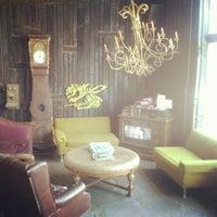 5/20/2012にKenneth C.がNoni's Bar & Deliで撮った写真