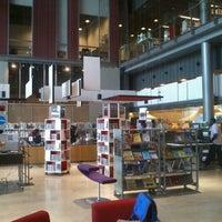 Photo taken at Sellon kirjasto by A. T. on 8/15/2012