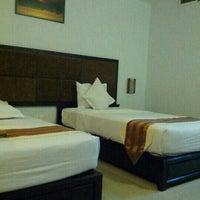 Photo taken at Kaya Hotel - Phú Yên by Thương H. on 7/21/2012