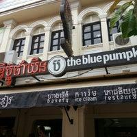 Photo taken at The Blue Pumpkin by Rashaad B. on 9/1/2012