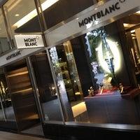 รูปภาพถ่ายที่ Montblanc Boutique โดย Mateusz เมื่อ 7/2/2012