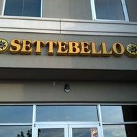 Снимок сделан в Settebello Pizzeria пользователем Matt K. 5/1/2012