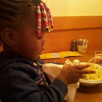 Photo taken at Olive Garden by Tip Soblessed T. on 3/5/2012