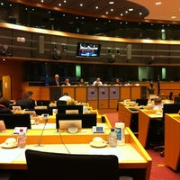 Foto diambil di European Parliament Meeting Room JAN 2Q2 oleh Kasia S. pada 3/6/2012