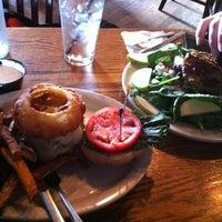 Foto diambil di Sidetrack Bar & Grill oleh Gray M. pada 5/22/2012