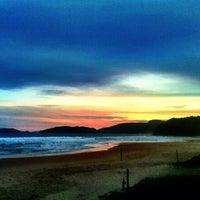 Foto tirada no(a) Praia de Geribá por Luis C. em 6/28/2012