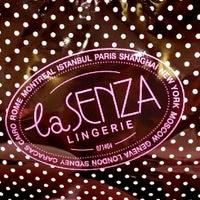 Photo taken at La Senza by Melz Y. on 7/27/2012