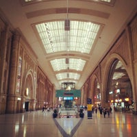 Photo taken at Leipzig Hauptbahnhof by Matthias K. on 9/7/2012