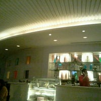 Photo taken at Fresca Café and Gelateria at Four Seasons Hotel Alexandria by Wessam Hashem on 11/7/2011