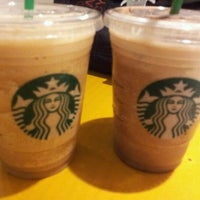 Photo taken at Starbucks by Oscar V. on 9/18/2011