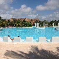 Photo taken at Grand Palladium White Sands Resort & Spa by Алексей . on 8/22/2012