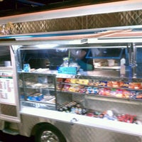 Photo taken at Angelica's Taqueria Taco Truck by Aurangzeb A. on 10/15/2011