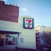 Photo taken at 7-Eleven by Fabrice L. on 4/19/2012