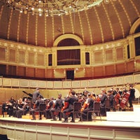 Foto scattata a Symphony Center (Chicago Symphony Orchestra) da Will H. il 3/30/2012