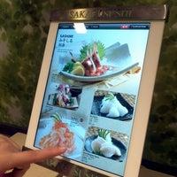 Photo taken at Sakae Sushi by S.Y T. on 12/10/2011