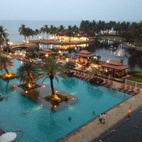 Photo taken at Dusit Thani Hua Hin by Tawewat P. on 3/30/2012