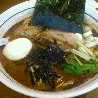 รูปภาพถ่ายที่ らーめん能登山 โดย nyarome m. เมื่อ 4/20/2012